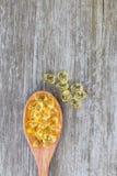 Sunda vitaminer, omega 3, bästa sikt Arkivfoto
