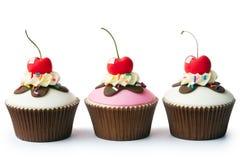 Sundae παγωτού cupcakes Στοκ εικόνες με δικαίωμα ελεύθερης χρήσης