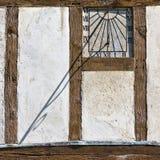 Sundial dal lato di costruzione Immagini Stock Libere da Diritti