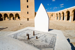 Sundial di grande moschea in Kairouan Fotografie Stock Libere da Diritti