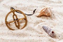 Sundial i sanden Royaltyfria Foton