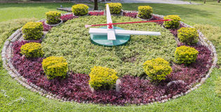 Sundial w ogródzie w Jatujak parku fotografia stock
