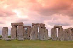 Sundiwn przy Stonehenge historycznym miejscem. Stonehenge jest UNESCO worl Fotografia Stock