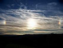 Sundog lub parhelia nad zachodem - Yorkshire w 2015 Zdjęcia Stock