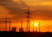 sundown för strömstation royaltyfri fotografi