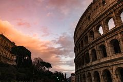 Sunent en colosseum Foto de archivo