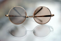 Sunglasses. An old style sunglasses with reflection Royalty Free Stock Photography