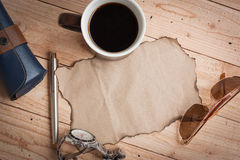 Sunglasses,pen,watch and cup coffee Royalty Free Stock Photos
