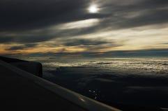 Sunglow auf der Wolke vom Flugzeug Lizenzfreie Stockfotos