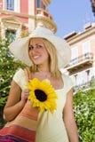 Sunhat und Sonnenblume Lizenzfreie Stockfotografie