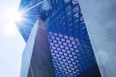 Sunlight on modern architecture Royalty Free Stock Photos