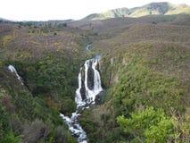 sunlit waterfall στοκ εικόνες