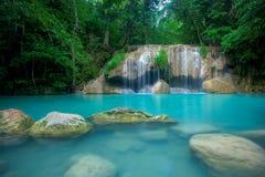 sunlit waterfall royaltyfri bild