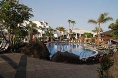 Sunloungers в гостинице Стоковые Фотографии RF