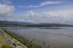 Sunny Bay med moln Royaltyfria Foton