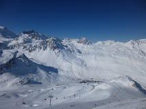 Sunny Day in den Alpen Lizenzfreie Stockbilder