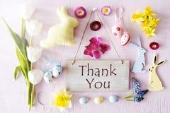 Sunny Easter Flat Lay, texto le agradece Imágenes de archivo libres de regalías