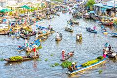 Sunny floating market early on waterways Stock Images