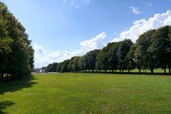 Sunny green park in oslo Stock Photography