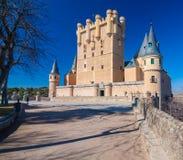 Sunny Image del Alcazar de Segovia en España Foto de archivo