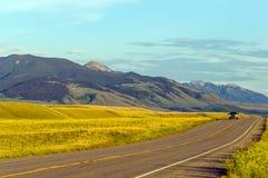 Sunny Montana-Landschaft lizenzfreie stockbilder