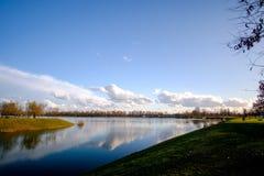 sunny nad jezioro Obrazy Stock