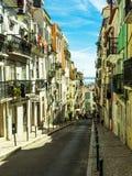 Sunny Portugal Les rues principales de Lisbonne Bâtiments authentiques de vieille Lisbonne photo stock