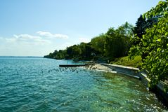 Sunny Shoreline Royalty Free Stock Photos