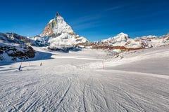 Sunny Ski Slope and Matterhorn Peak in Zermatt Royalty Free Stock Images