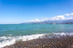 Sunny Sky Over Calm Water do mar Fundo natural W da paisagem Imagens de Stock Royalty Free