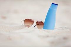 Free Sunprotection Summer Holiday Sunglasses And Cream Royalty Free Stock Photo - 32579495