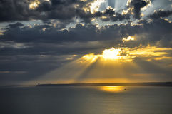 Sunrays στο ηλιοβασίλεμα Στοκ Εικόνα