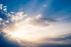 Sunrays lizenzfreies stockfoto