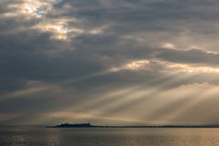 Sunrays at the lake Royalty Free Stock Images