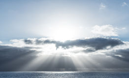 Sunrays on the ocean Royalty Free Stock Photography