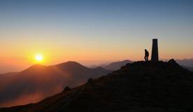 Sunrice in bergpiek Stock Afbeelding
