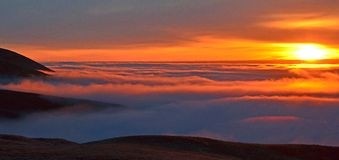 Sunrise Above the Fog Over The Mighty Colombia River Royalty Free Stock Photography