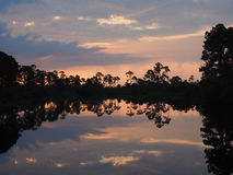 Free Sunrise And Silhouettes On Long Pond Stock Photo - 55253810