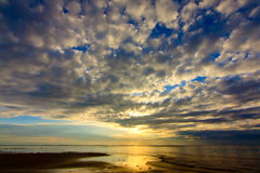Sunrise with cloud pattern Royalty Free Stock Photography