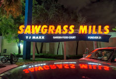 SUNRISE, FL - JANUARY 2016: Sawgrass Mills outlet entrance at ng Royalty Free Stock Photo
