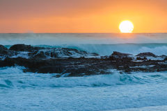 Sunrise at flat rock. (Gold Coast, Currumbin Beach, QLD, Australia Royalty Free Stock Photos