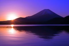 Sunrise of the morning glow from Lake Motosu and Mt. Fuji Japan stock photos