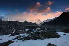 Sunrise in the mountains Cho Oyu, Himalayas Stock Photography