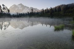Sunrise in North Cascades Royalty Free Stock Photos
