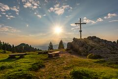Free Sunrise On The Bear`s Head On The Nagelfluhkette Stock Images - 184368954