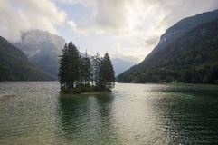 Sunrise over the beautiful alpine lake Royalty Free Stock Photos