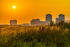 Sunrise over the city Royalty Free Stock Photography