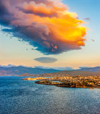 The sunrise over the island of Crete, the Bay of Mirabella and A Stock Photos