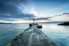 Sunrise over Looe Pier Royalty Free Stock Photos