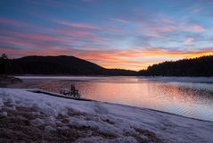 Sunrise over a mountain lake Royalty Free Stock Photography